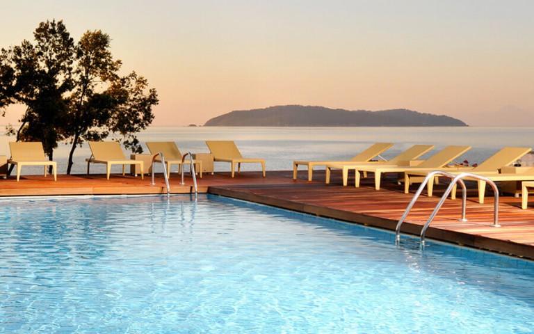 resort-hotels6-1-768x480