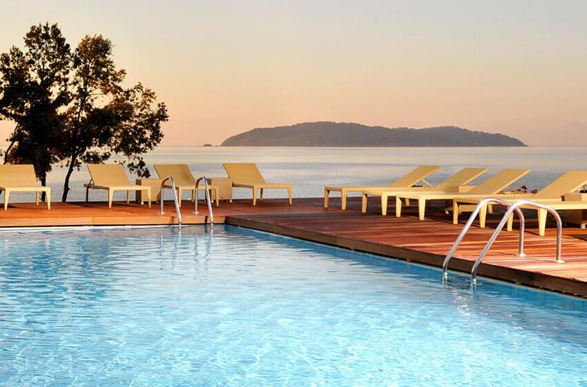 resort-hotels6-855x563